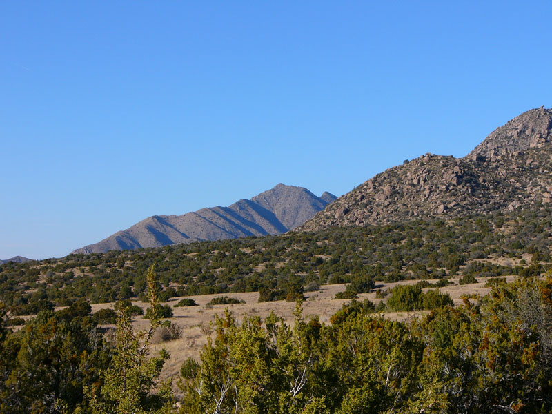 andias - view at the end of the Pino Canyon trail